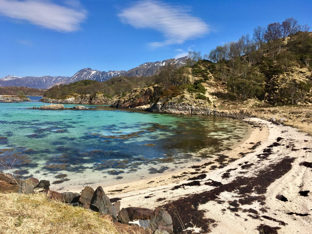 Hadsel türkiesenes Wasser auf den Lofoten